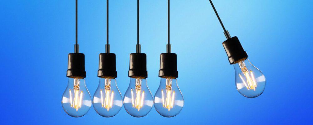 five-bulb-lights-1036936 (1)